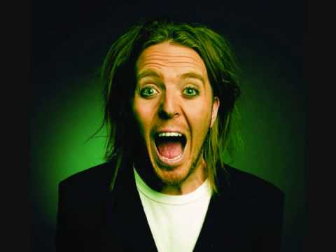 Tim Minchin - White Wine In The Sun (Christmas Song)