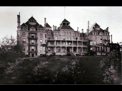 S01E02 The Crescent Hotel