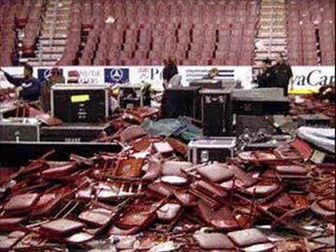 Black Sabbath - Geezer Hit with Bottle...Riot Ensues