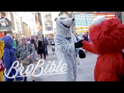 Costume Undercover: Times Square New York City