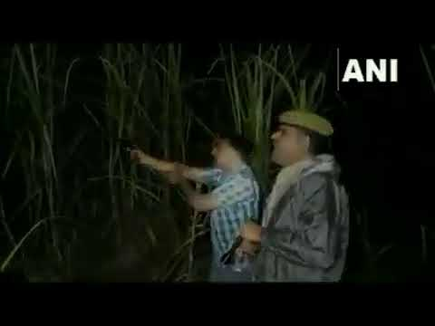 UP police chases criminal, shouts 'Thain Thain'
