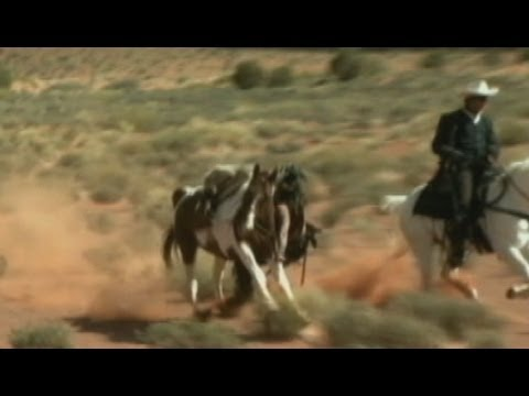 """Johnny Depp Nearly Trampled by Horse on """"The Lone Ranger"""" Set: Caught on Tape"""