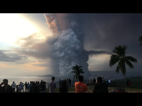 TAAL VOLCANO ERUPTION 2020 | Je Ang Dumagat's Actual Footage