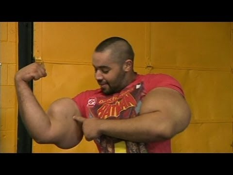 World's Biggest Arms: 'Egyptian Popeye' Moustafa Ismail Touts Real-Life Popeye Arms