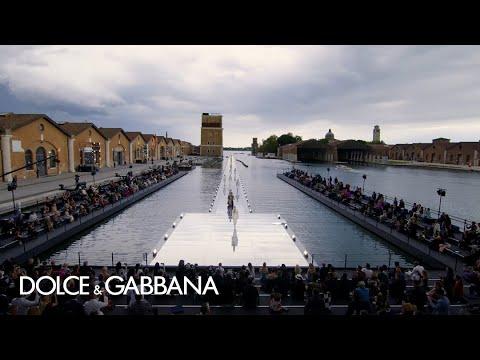 Venezia 2021: Dolce&Gabbana Alta Sartoria Fashion Show in Arsenale
