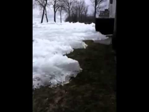 Ice Tsunami..Glacier like ice moving across Mille Lacs lake, damaging houses, Minnesota - YouTube