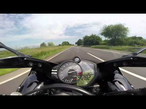 Yamaha R1 Top Speed Run at the Autobahn (Germany)