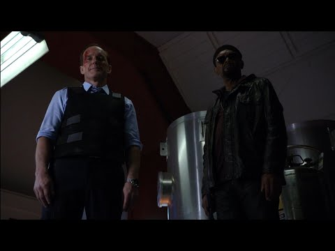 Nick Fury in Agents of S.H.I.E.L.D season 1 final episode with Agent Coulson