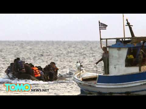 Europe's migrant crisis: Angela Merkel calls for European unity to solve refugees crisis - TomoNews