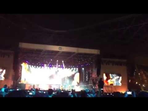 Kirk Hammett mistake during Nothing Else Matters intro - Metallica LIVE in Abu Dhabi 19-04-2013