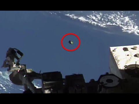 UFO At Space Station 22 Mins! Shoots out into space, UFO Sighting News.