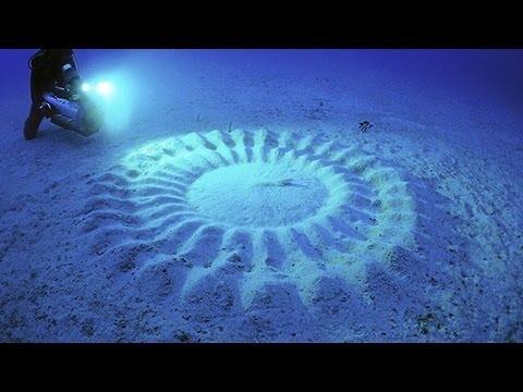 MYSTERIOUS UNDERWATER CROP CIRCLES