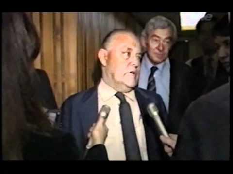 Drunk Muldoon calls '84 election