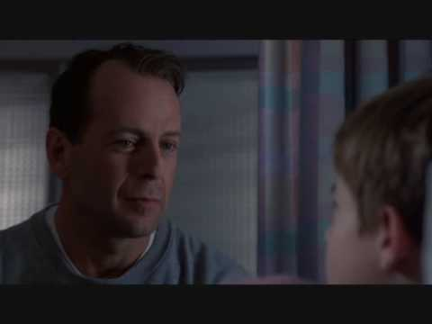 "The Sixth Sense (1999) - ""I see dead people."""