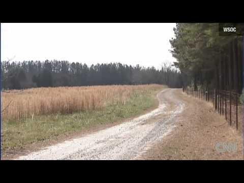 Loyal Dog saves 2-year-old lost in woods South Carolina