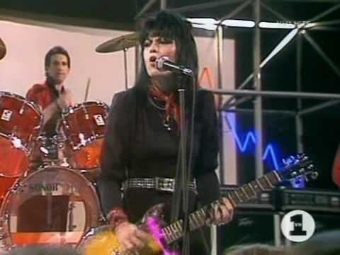JOAN JET & The BLACKHEARTS - I Love Rock n Roll 1982