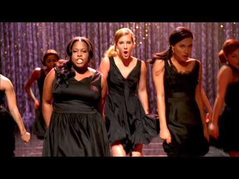 """GLEE - Full Performance of 'Rumour Has It/Someone Like You"""" from """"Mash Off"""""""