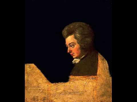 Mozart: Symphony No 41 (4th movement)