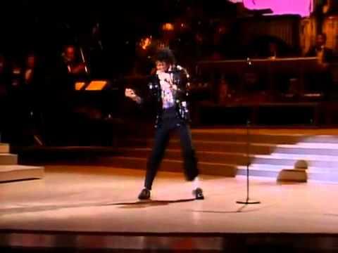 Moonwalk - Michael Jackson - Billie Jean - The First Moonwalk King Of Pop