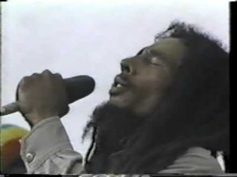 "Bob marley ""no woman no cry"" 1979"