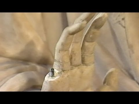 American Tourist in France Breaks Finger Off of 600-Year-Old Statue of Virgin Mary