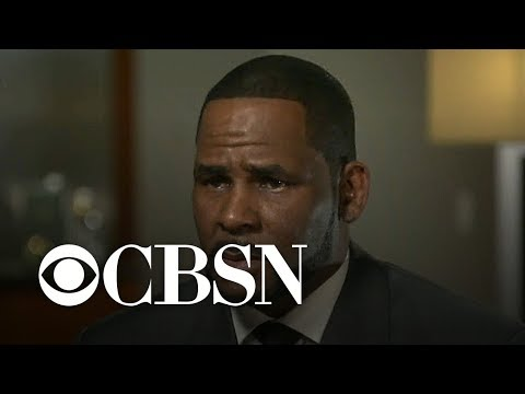 """R. Kelly was """"unhinged"""" in interview with Gayle King, columnist says"""