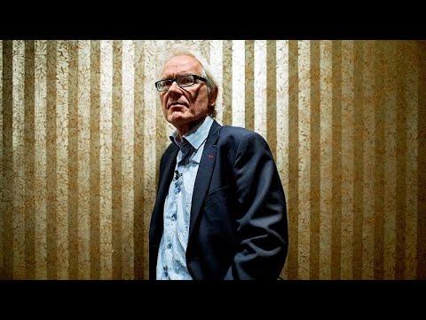 Lars Vilks: Swede who lived under police protection after drawing Prophet Muhammad dies in crash