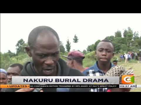 Drama erupts in a funeral as wife, cousins jump into the grave