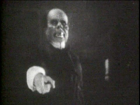 Phantom Of The Opera - Unmasking Scene (1925)