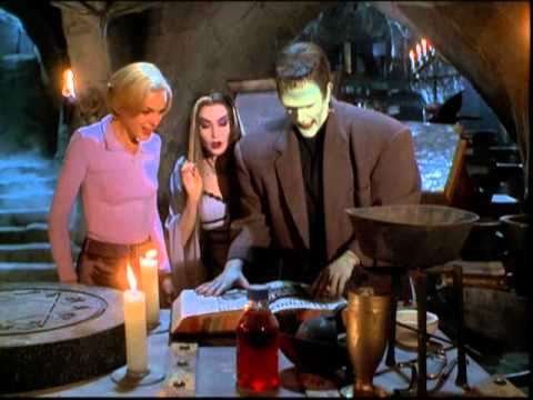 The Munsters' Scary Little Christmas - Trailer