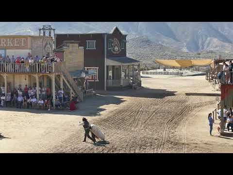 Actuación y show del oeste en Mini Hollywood, Tabernas, Almería.