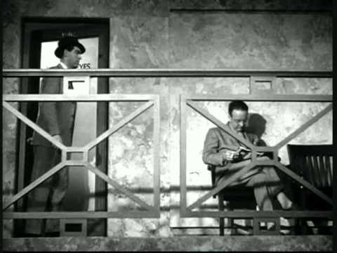 Raymond Chandler cameo in Double Indemnity (1944)
