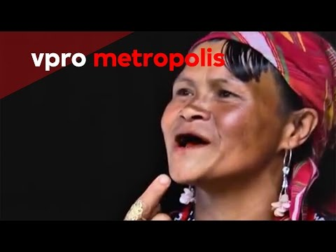 Black and filed teeth in the Philippines - vpro Metropolis