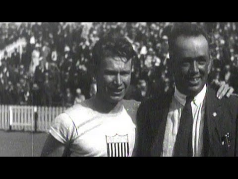 Charley Paddock Leaps Across Finish Line For 100m Gold - Antwerp 1920 Olympics