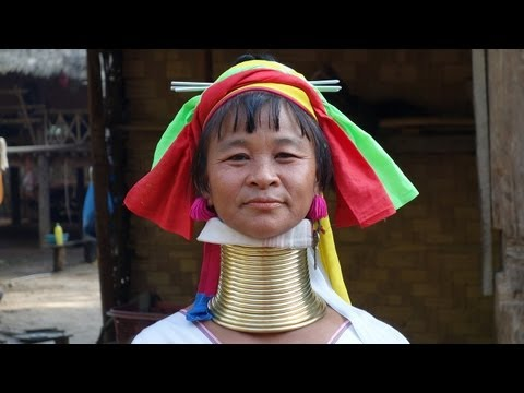"""The Kayan Lahwi """"long-neck"""" women of Kayan Tayar"""