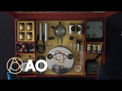 Radioactive Atomic Energy Lab Kit with Uranium (1950) | World's Most Dangerous Toy - Atlas Obscura