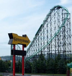Kw-5-31-04-Kennywood-Sign