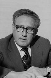 395Px-Henry Kissinger