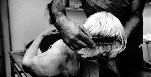 The 5 Stages of Embalming - Listverse