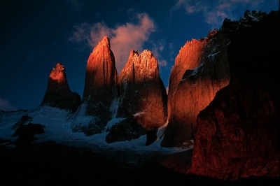 800Px-Torres Del Paine At Sunrise