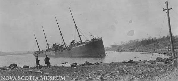 Top 10 Catastrophic Shipwrecks - Listverse