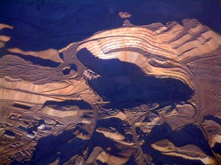 800Px-Chuquicamata Copper Mine Chile-1