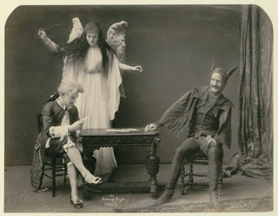 Raras imagenes victorianas y eduardianas. Arts_feature1-3-tm