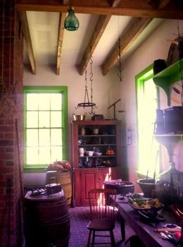 Old-Fashioned-Kitchen1