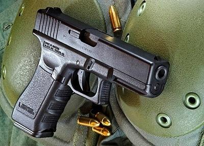 Glock-17-03