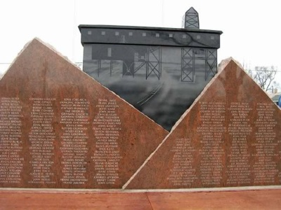 Monument100Th