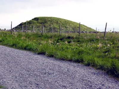 Gravhaug Burial Mound In Karm Y Photo By Christian Bickel 2005