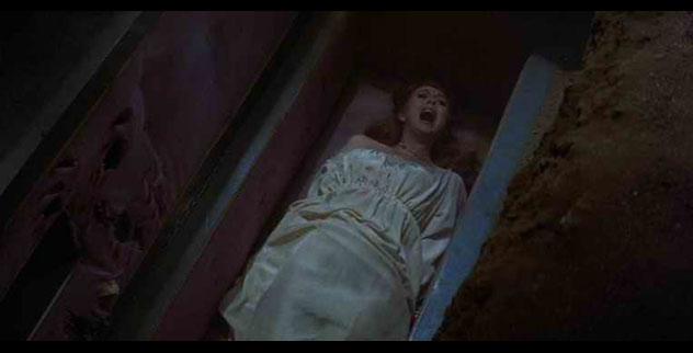 10 Horrifying Premature Burials - Listverse