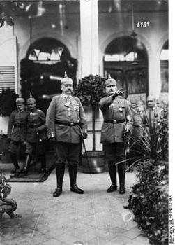 Bundesarchiv Bild 146-1987-127-09A, Paul Von Hindenburg, Erich Ludendorff