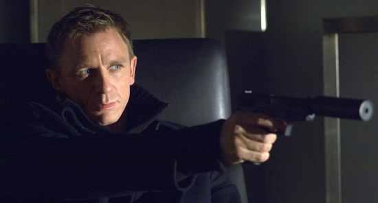 James-Bond-Daniel-Craig-Casino-Royale